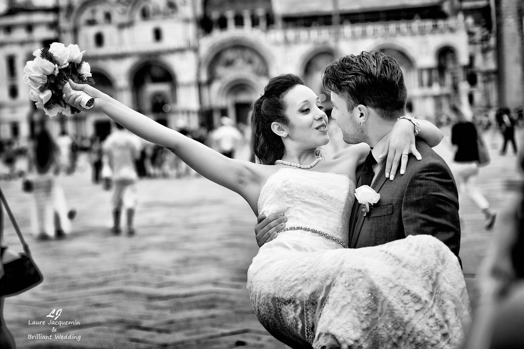 Venice Simbolic Wedding gondola venice Italy laure jacquemin photography (93)
