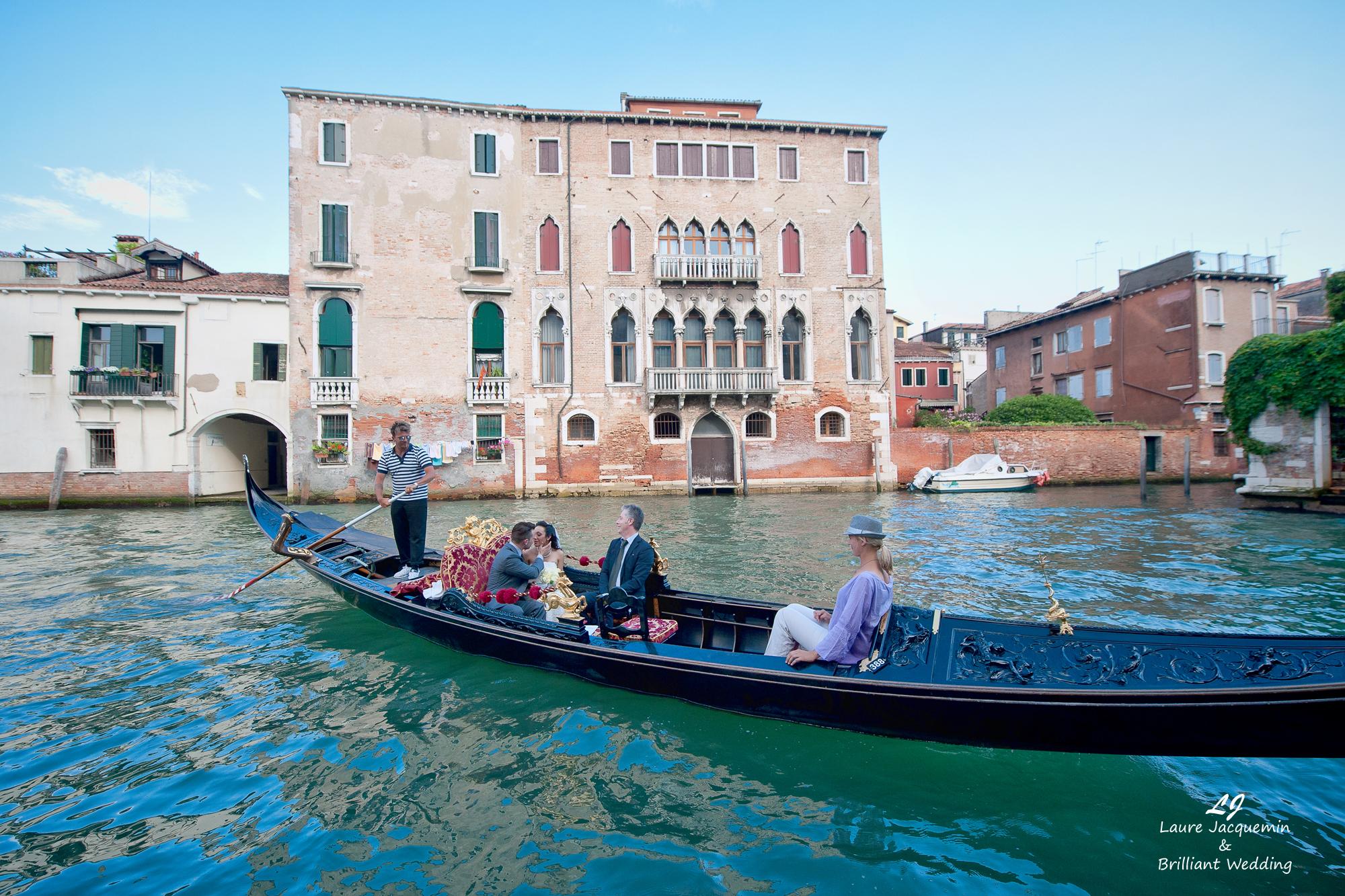 Venice Simbolic Wedding gondola venice Italy laure jacquemin photography (47) copia