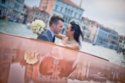 Venice Simbolic Wedding gondola venice Italy laure jacquemin photography (62) copia