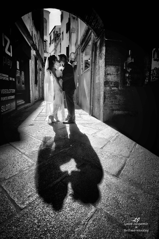 Venice Simbolic Wedding gondola venice Italy laure jacquemin photography (13) copia