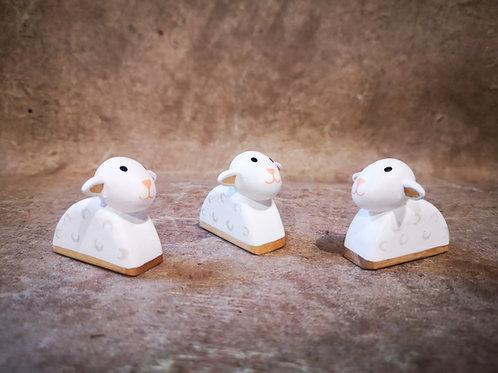 3 Moutons Bois doré
