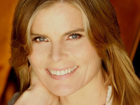 Mariel Hemingway on cussing, 'Papa' Ernest Hemingway, and narrating A Farewell to Legs
