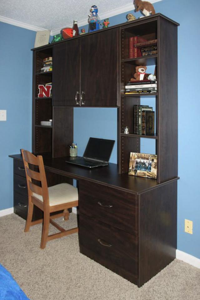Student's Desk