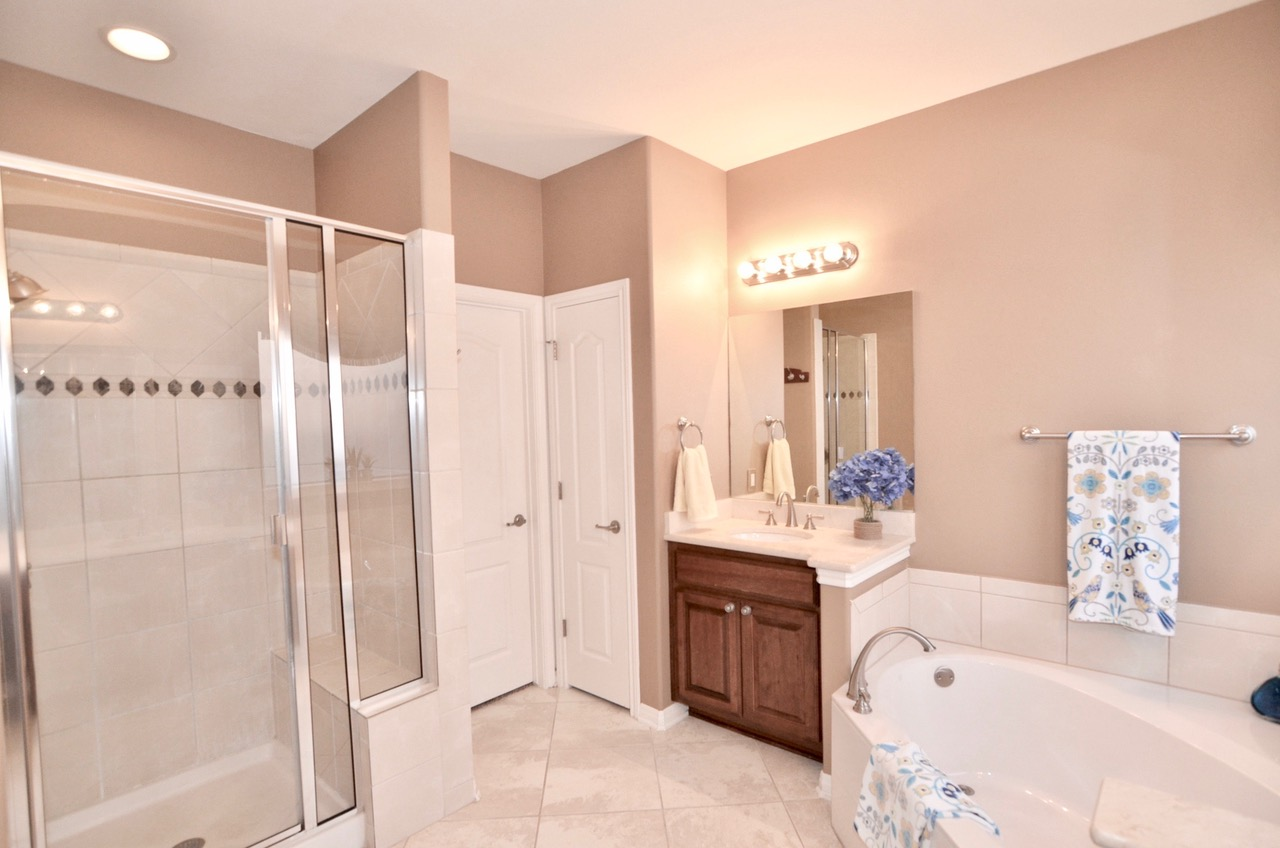 Walk-in Shower and Closet