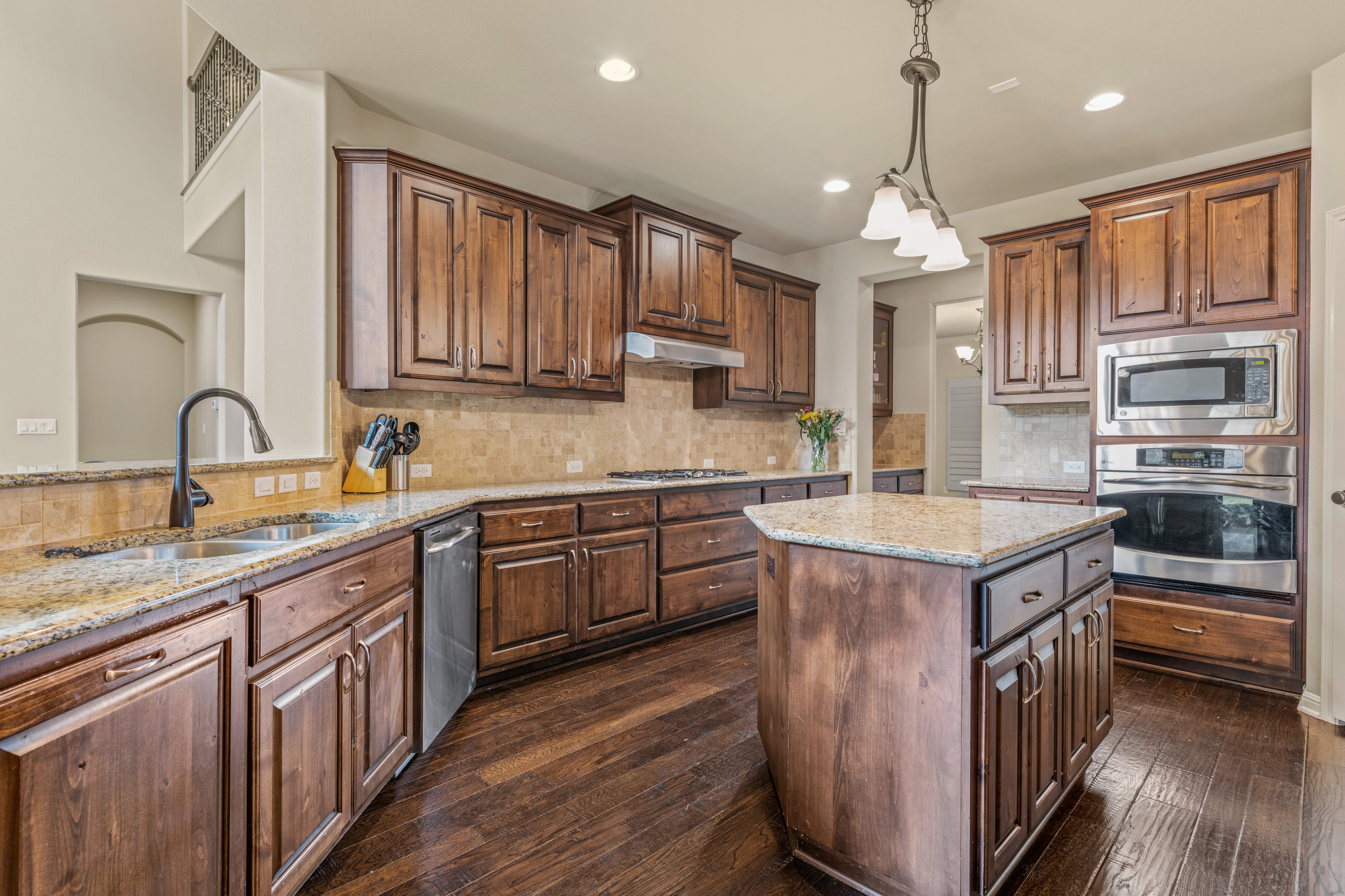 Center Island and Granite Counters