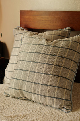 Melchor Throw Pillow Cover