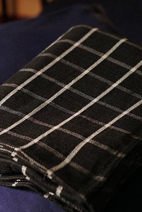 Melchor Checkered Blanket