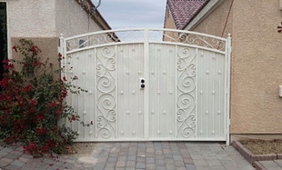custom iron gate, drive gate, side yard gate, double gate