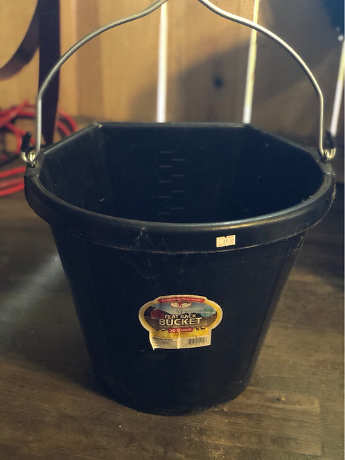 20qt Heavy Rubber Bucket Flatback