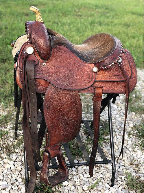 "15.5"" Hereford Western Saddle"