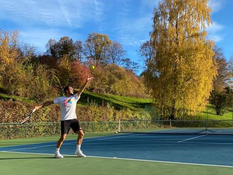 Federer sigue con la ilusión de volver en el Australian Open