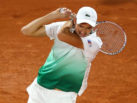 Medvedev cae contra Fucsovics y sigue sin ganar un partido en Roland Garros