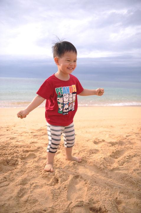 沖繩海灘親子 IMG_6233.JPG