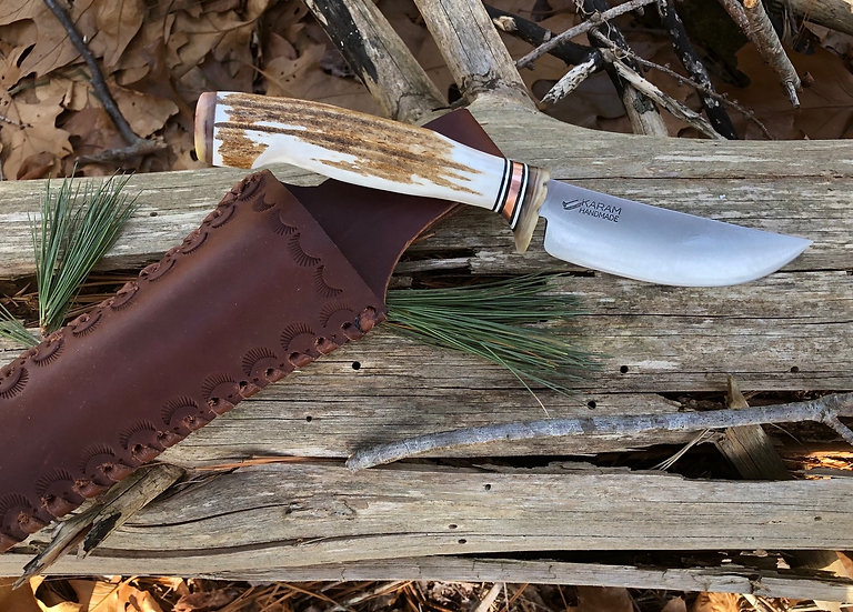 Knife 227 Backwoods Hunter