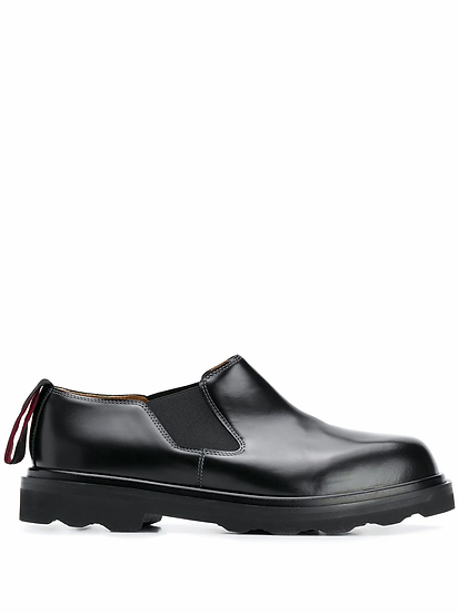 stretch panel shoes