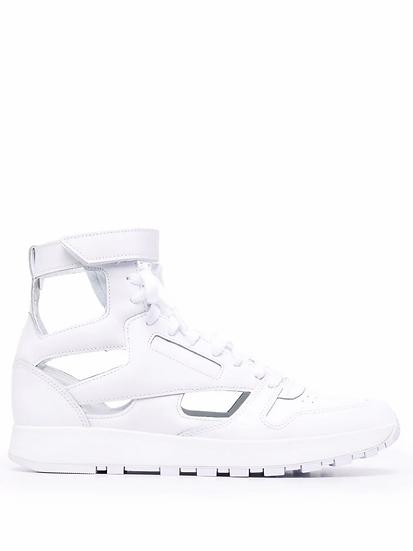Maison Margiela x Reebok - Tabi-toe lace-up high-top sneakers