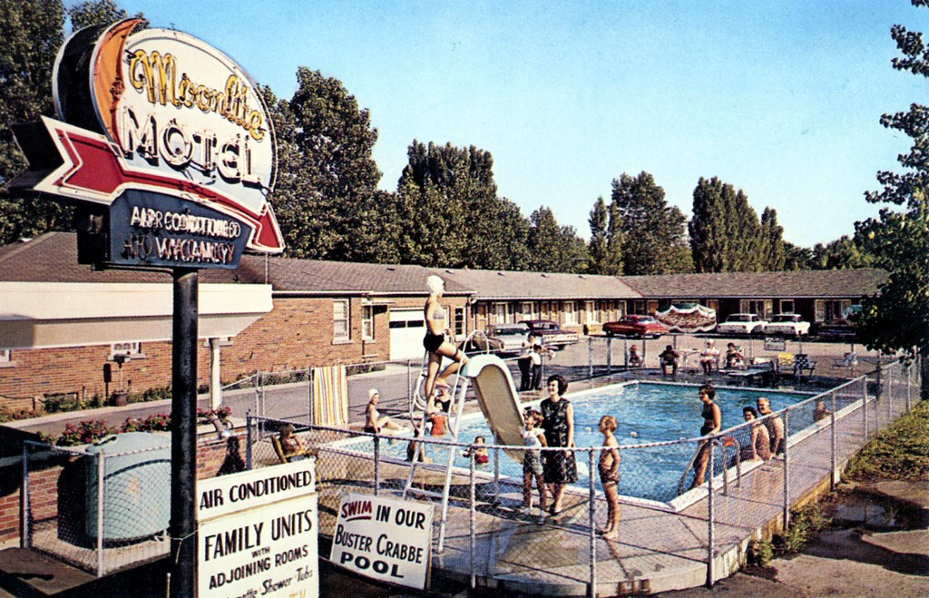 Moonlite Motel 1950's