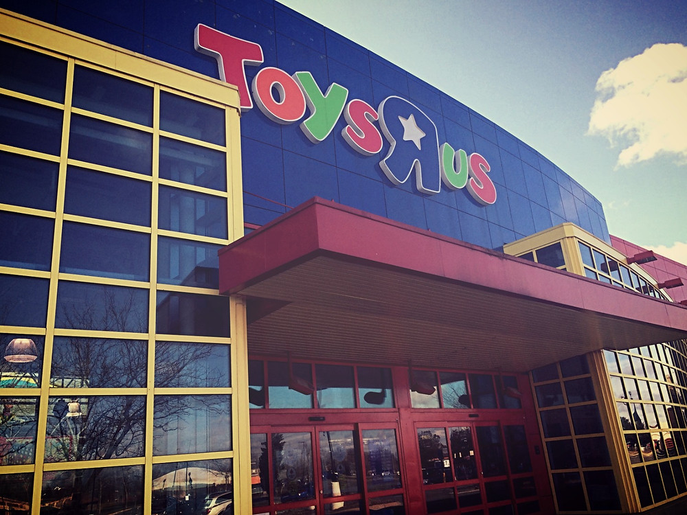 Toys 'R Us Closing Stores (All rights reserved.)