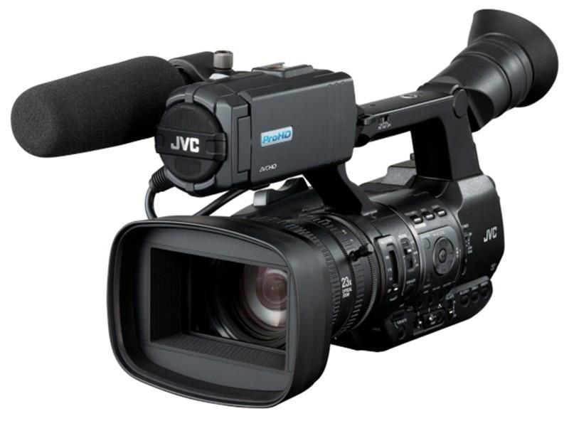 thumb-jvc-revela-versoes-de-cameras-para-esportes-17-12-2015-11-2-46-85