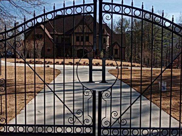 Gate22.JPG