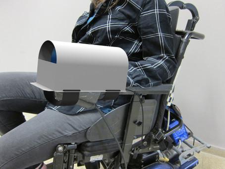 Copy of מתקן חימום ליד המפעילה ג'ויסטיק של כסא ממונע