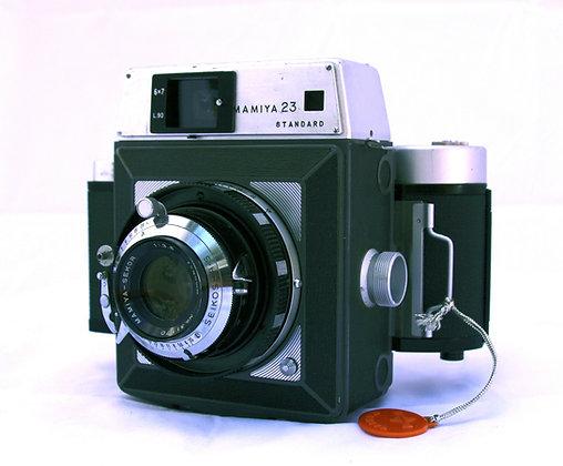 Mamiya 23 Standard w/90mm lens