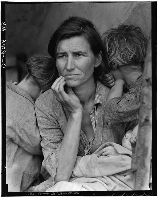 Dorothea Lange - Destitute peak pickers in California (1936)