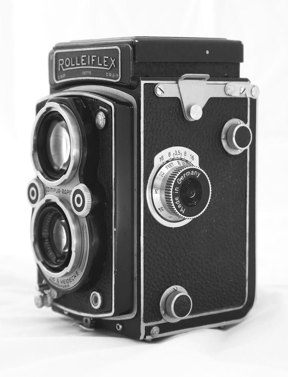 Rolleiflex Automat film camera