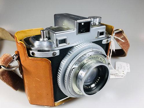 Lot #7 - Kodak Medalist with case