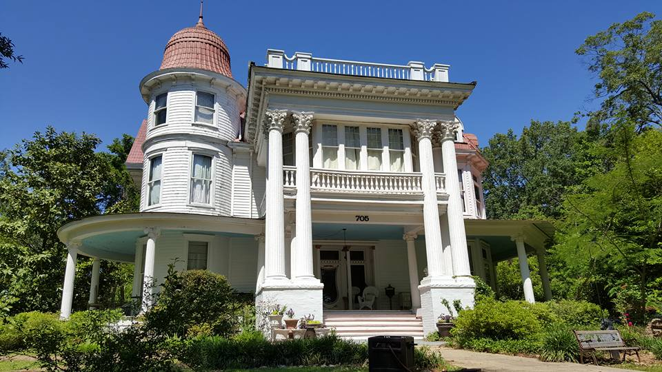 Victorian era home in Monticello, AR