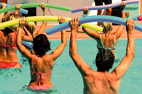 people-doing-water-aerobics-in-a-pool-1-945x630_edited.jpg
