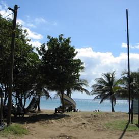 Arrivée plage de Figuier