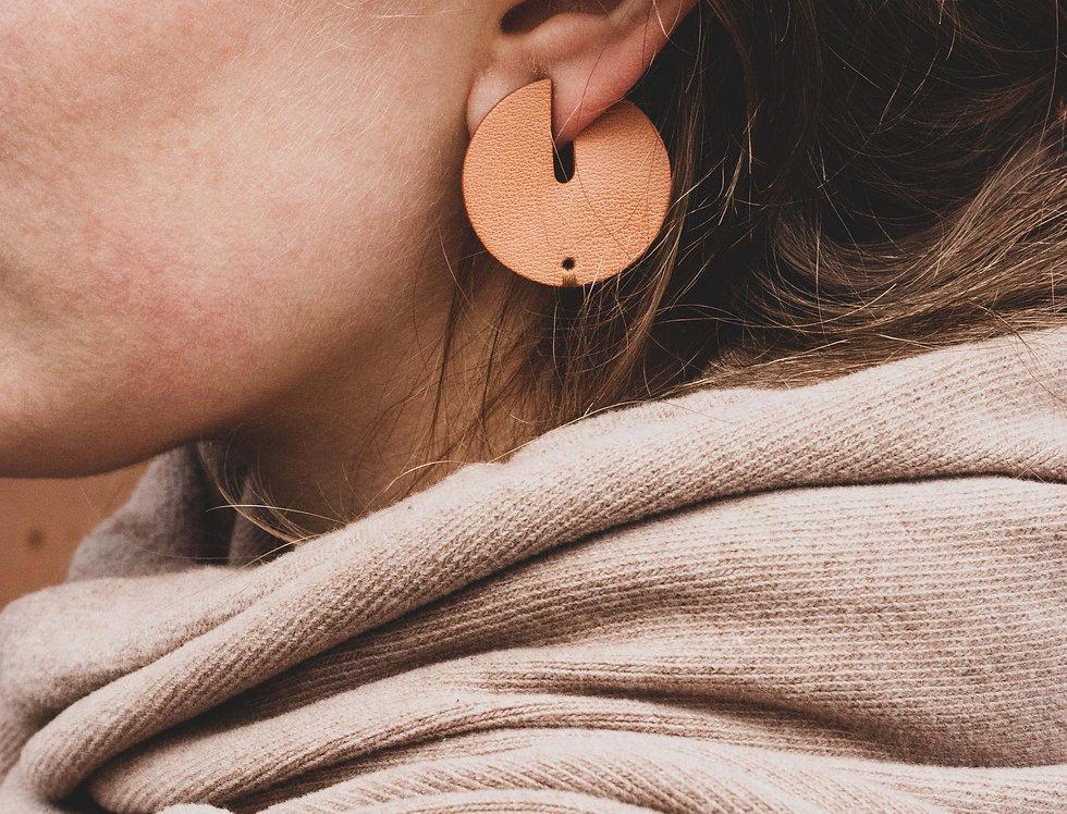 earrings. Ohrringe   Vollmond // beige