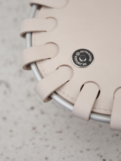 Laura Stolz Design   Berlin   Nachhaltigkeit   Smartphonetasche