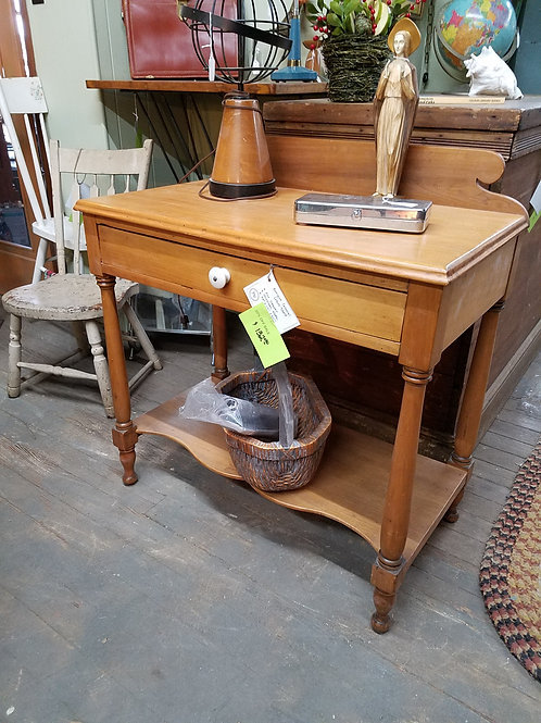 Antique Colonial Wash Stand
