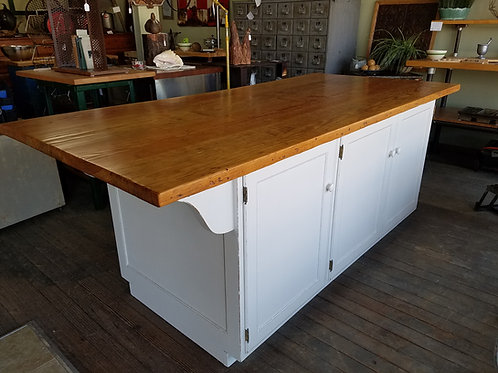 7ft Vintage Farmhouse Kitchen Island