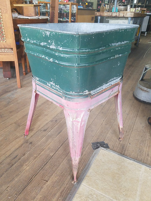 Wash Tub on Stand