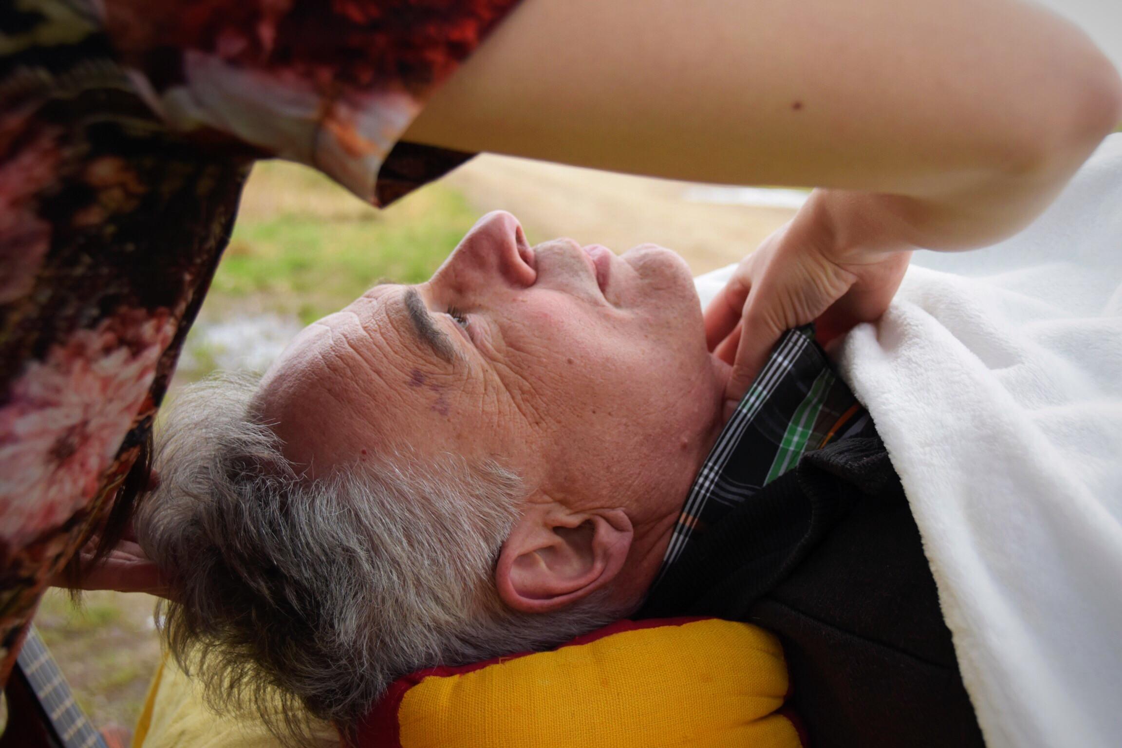 Strottenhoofd massage
