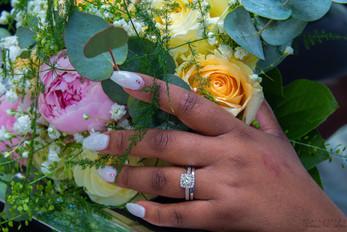 Fantastiska ringar och blommor!