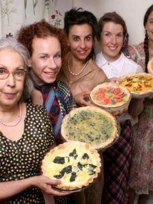 5 Lesbians Eating a Quiche 1
