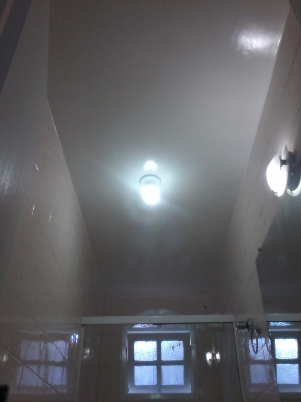 Pintura dos tetos (brilho intenso)
