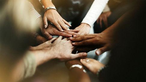 2019-08-15-ti-02__closeup-diverse-people