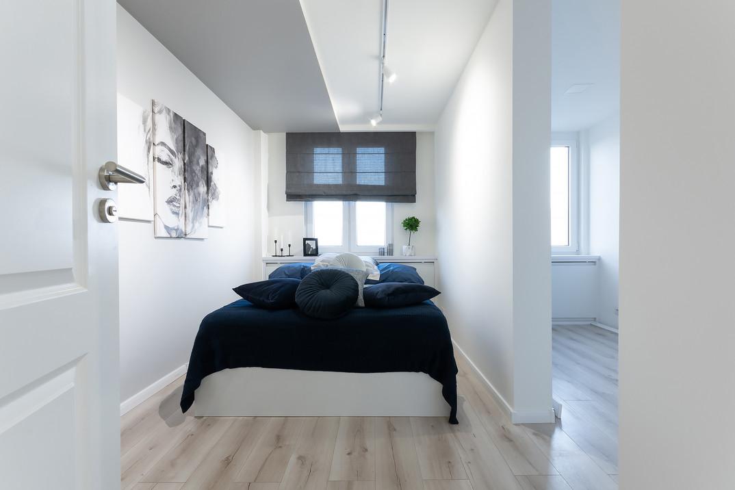 Sypialnia wnętrza inspirowanego stylem glamour. Mieszkanie o wysokim standardzie, sprzedało się w 4 dni. Projekt oraz home staging wykonany pod nadzorem Biura Projektowego Sylwia Płonka