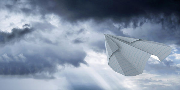 avion en papier.jpg
