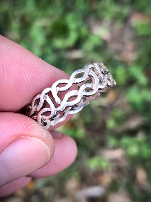 Sterling silver filigree Celtic band ring size 9
