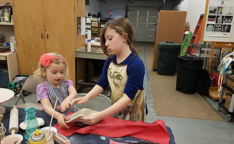 kids pottery 2.jpg