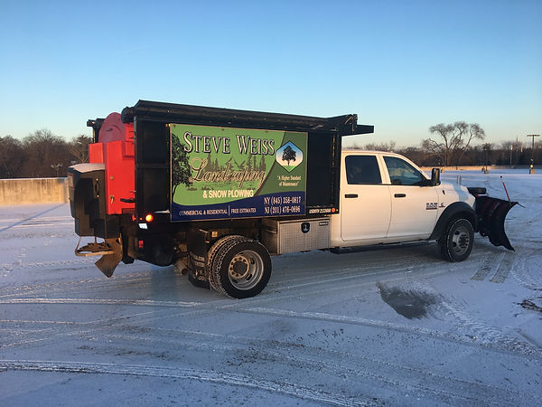 snow removal, commercial snow removal, sno, snow shoveler, deicing, snow plowing near me