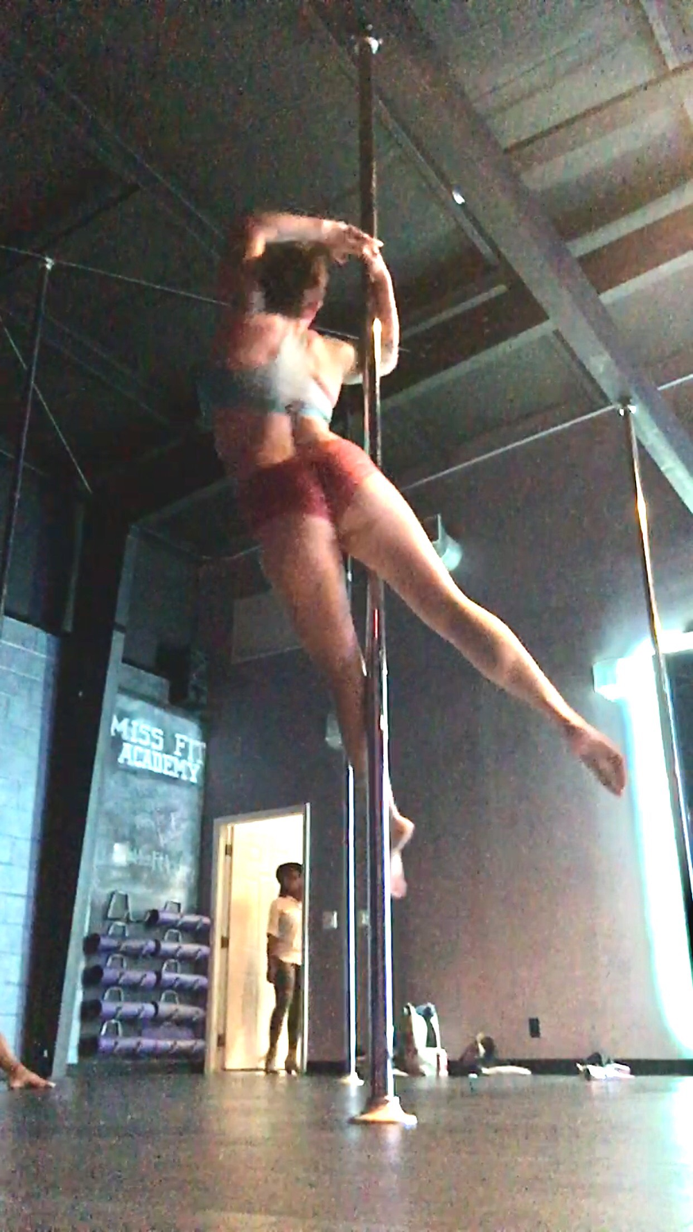 Vortex pole move