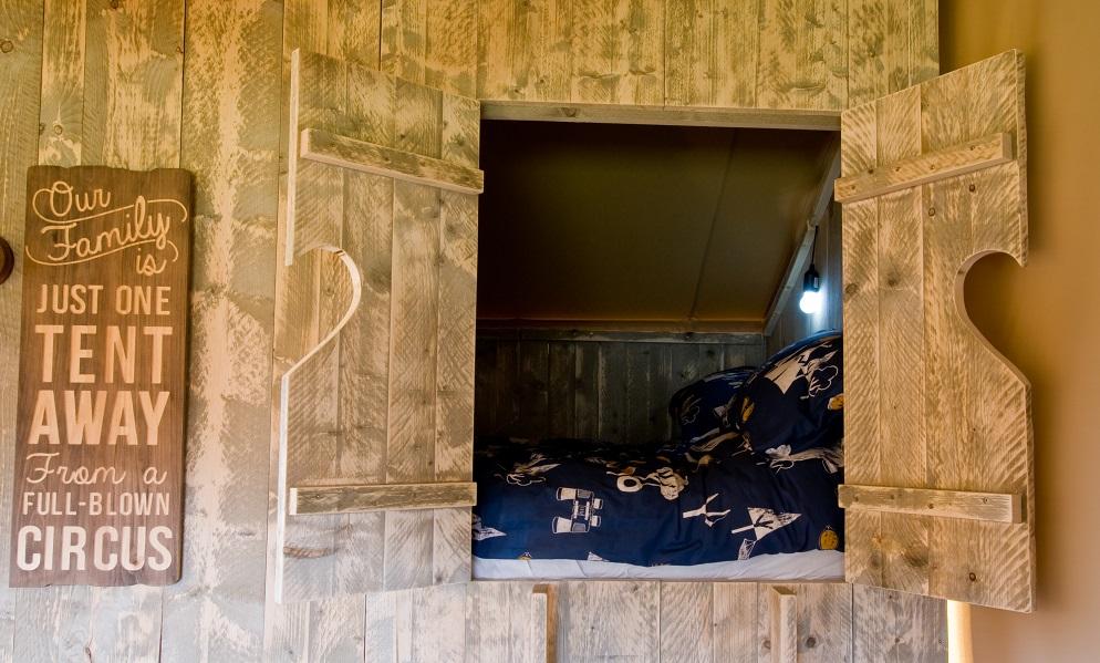 Brig y bryn cabin bed 3