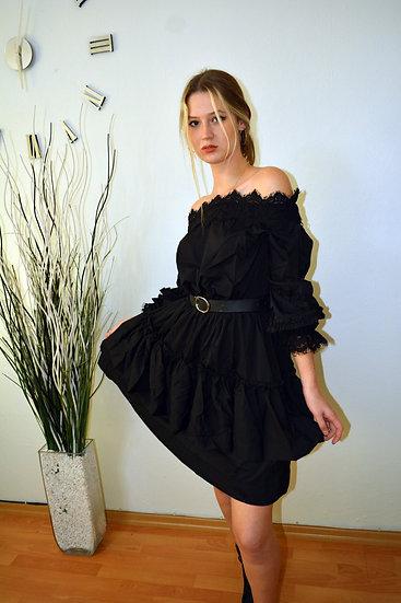 Siyah Güpür Dantelli Elbise